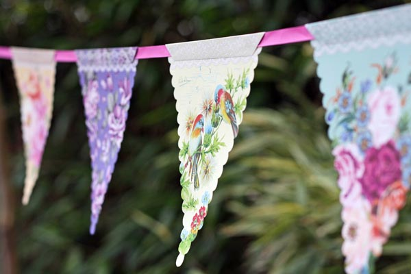 English Country Garden Floral Bunting