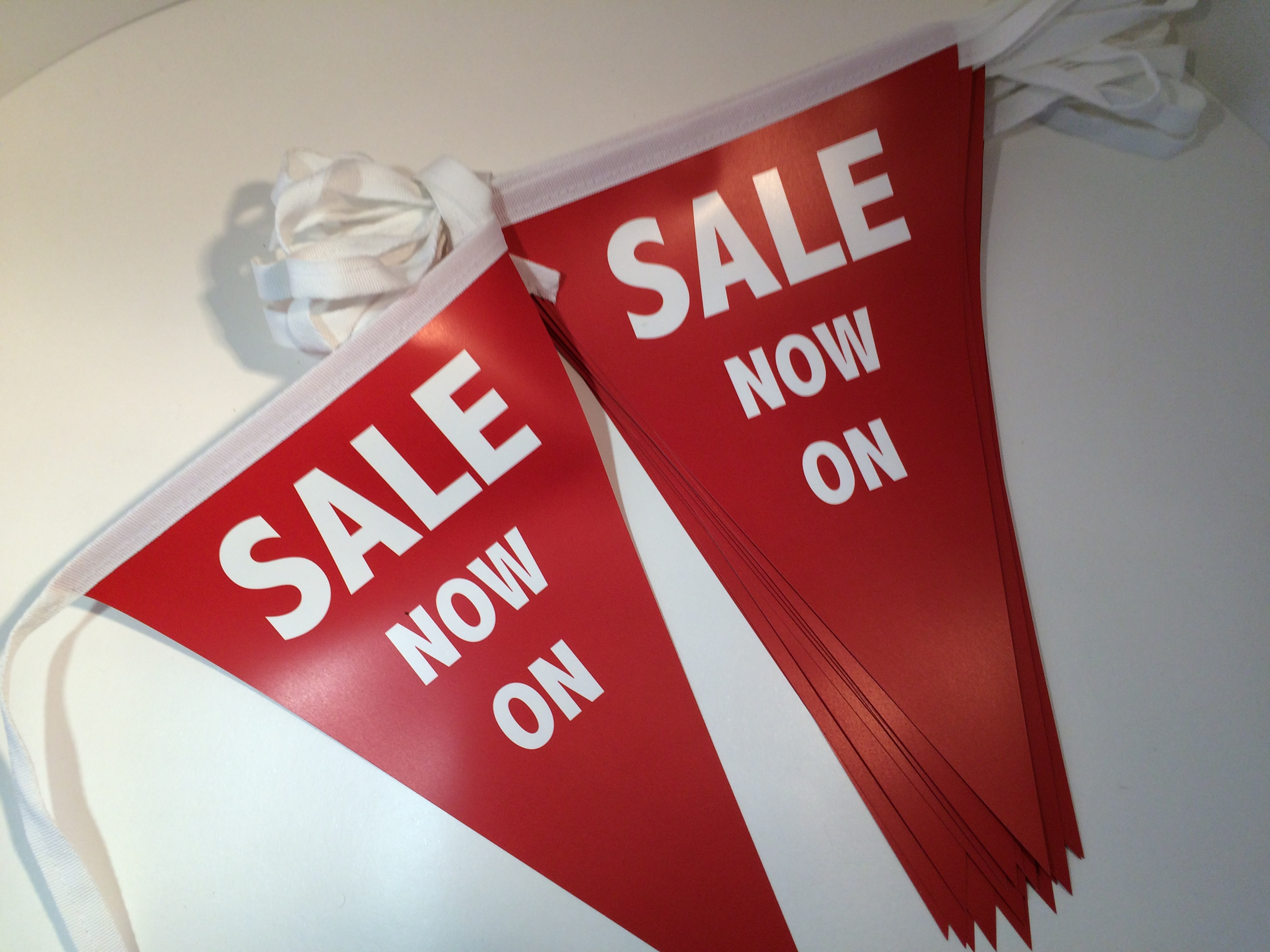 Red Bunting, Store Sale Bunting
